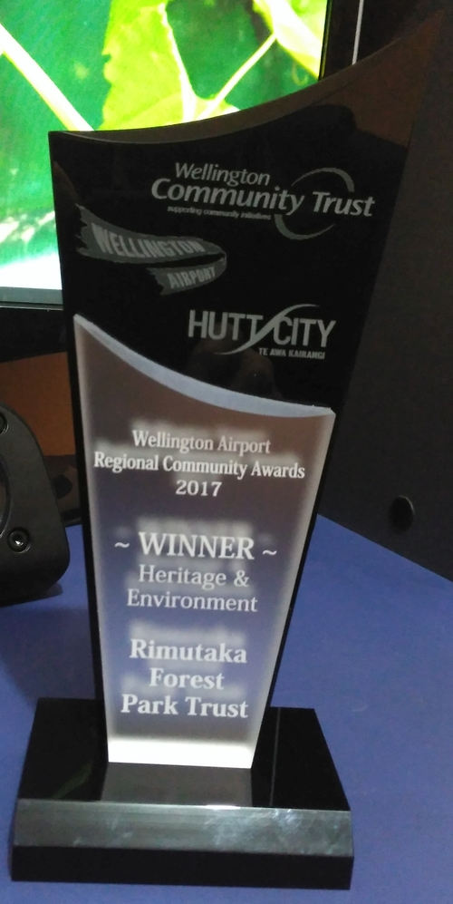 Trophy won by Rimutaka Forest Park Trust at the Wellington Airport Regional Community Awards, 2017